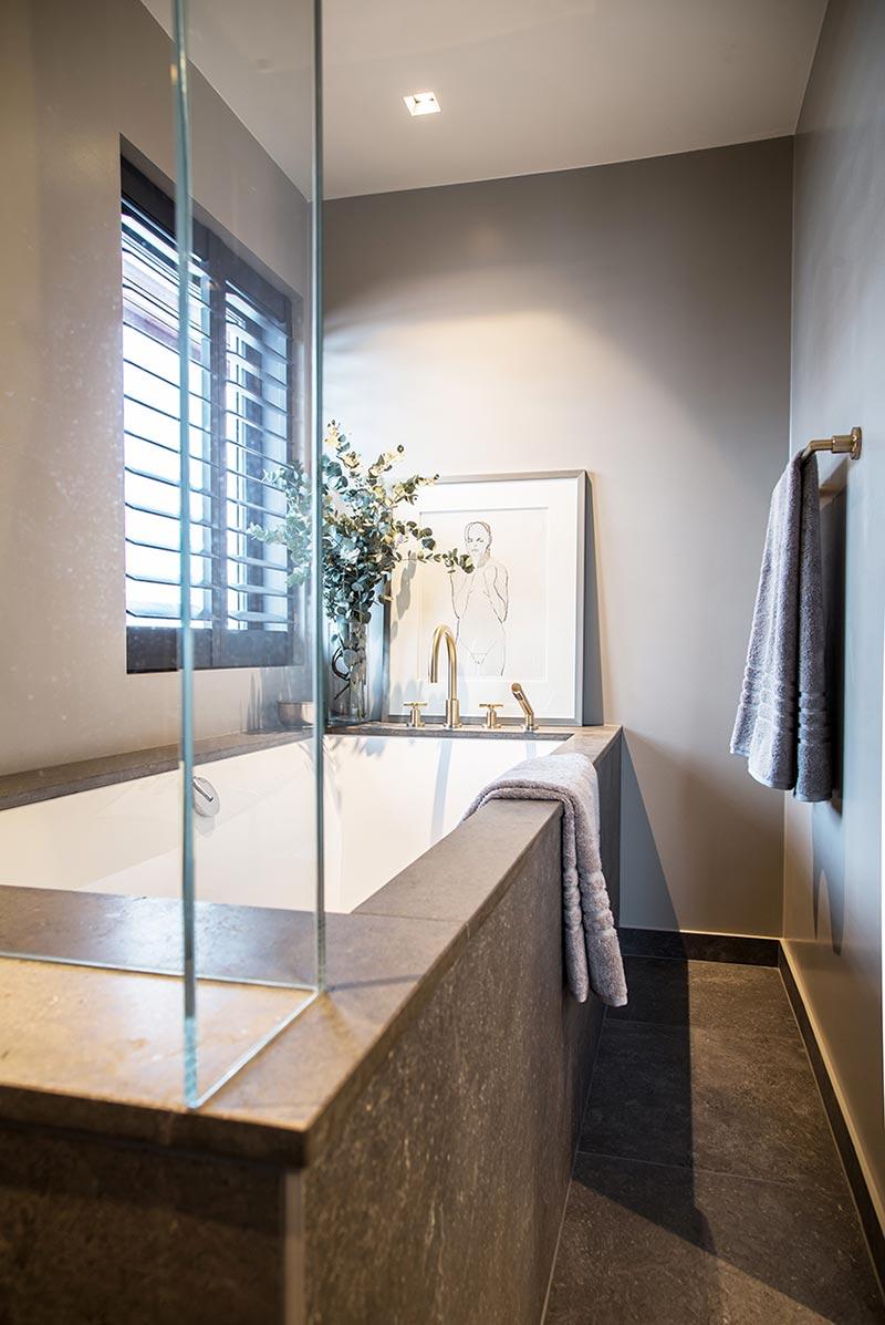 Nytt bad og badekar